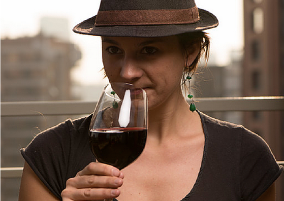 How to drink wine like a pro?